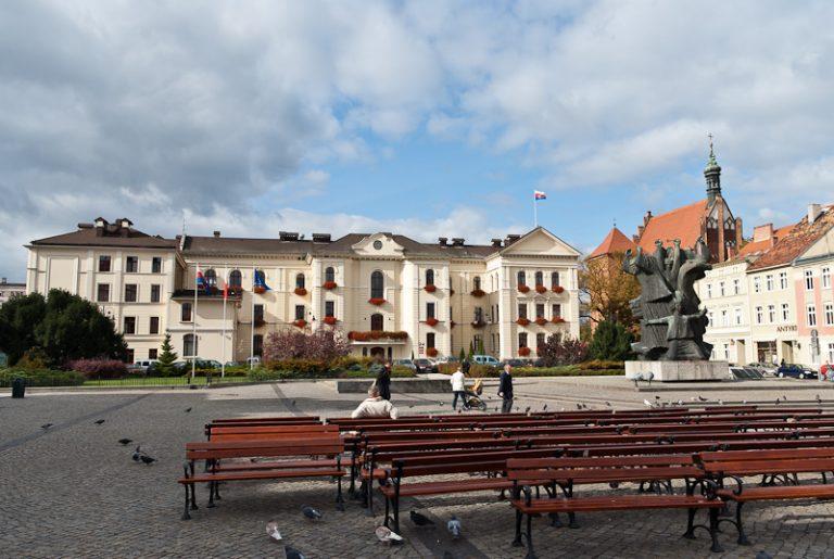 Rathaus, Mahmal, Dom
