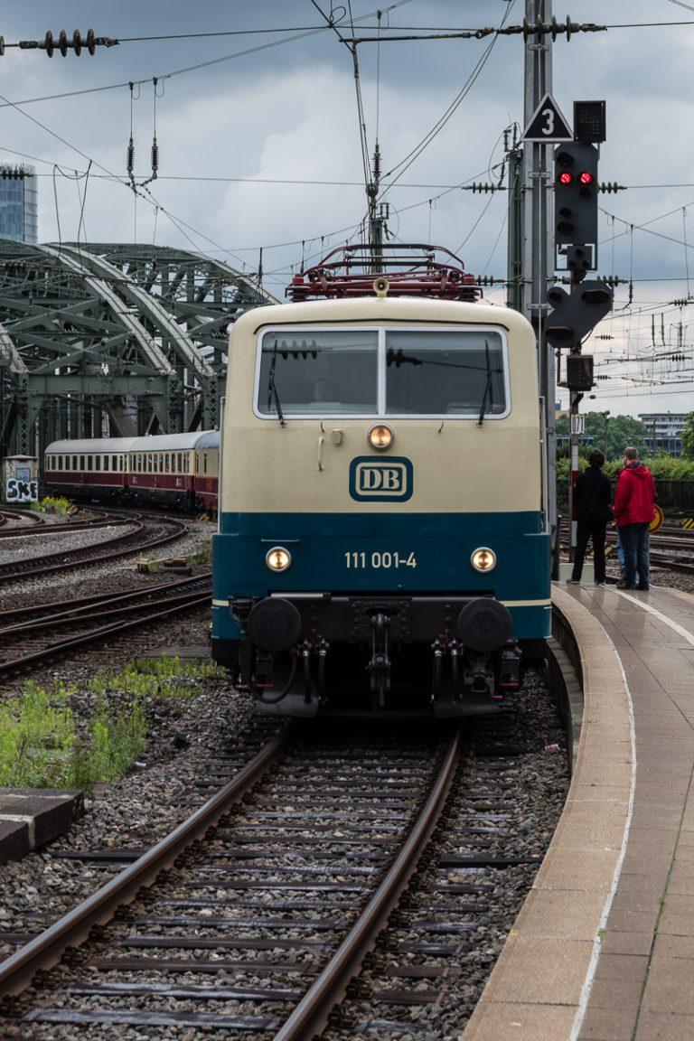 Rheingold-Einfahrt in Köln