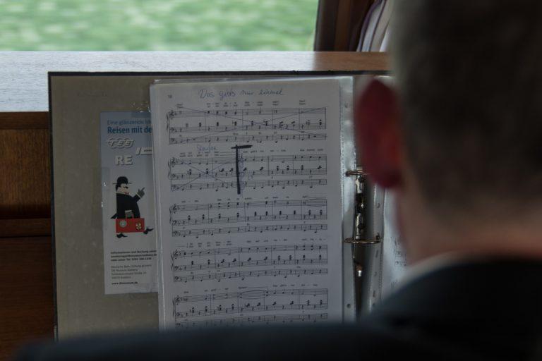 Rückfahrt mit Pianist